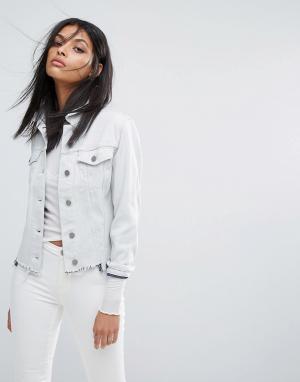 AllSaints Рваная джинсовая куртка Justina. Цвет: белый