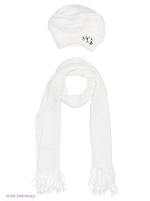 Шапка;  шарф Krife. Цвет: белый