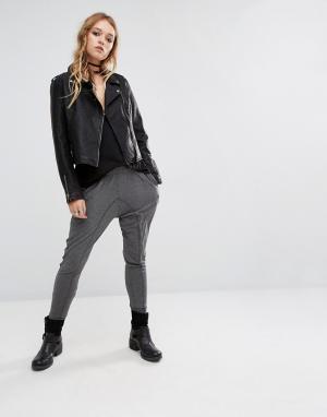 Lira Гаремные брюки. Цвет: серый