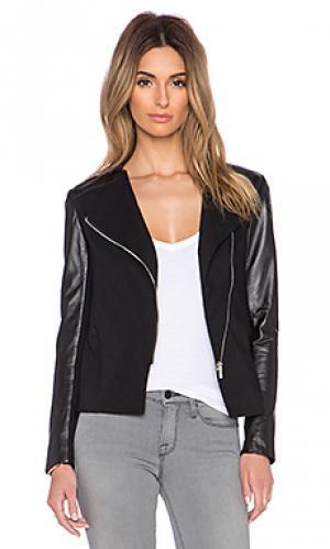 Кожаная куртка maude LaMarque. Цвет: черный