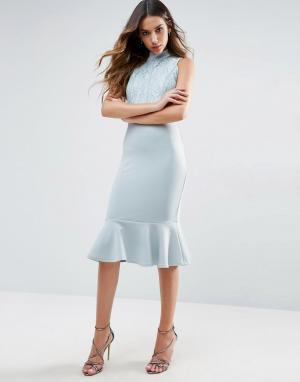 Club L Платье миди с высокой горловиной и баской. Цвет: белый