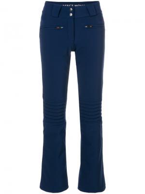 Расклешенные брюки Aurora Perfect Moment. Цвет: синий