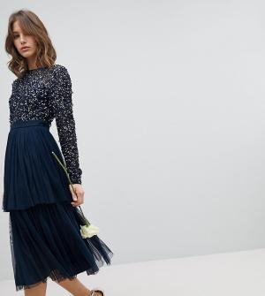 Maya Платье миди с длинными рукавами, пайетками на лифе и ярусной юбкой из. Цвет: темно-синий