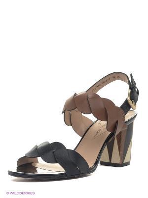 Босоножки Francesco Donni. Цвет: коричневый, черный