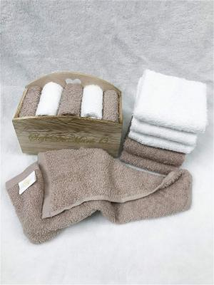 Набор салфеток в декоративной упаковке Sofi de Marko. Цвет: коричневый, белый