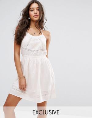 Akasa Пляжное платье. Цвет: белый