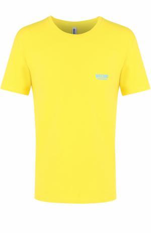 Хлопковая футболка с круглым вырезом Moschino. Цвет: желтый