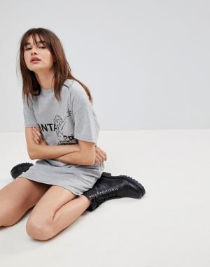 Uncivilised Платье-футболка с надписью Santa Cruz и открытой спиной. Цвет: серый