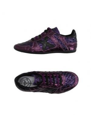 Низкие кеды и кроссовки MUNICH. Цвет: фиолетовый