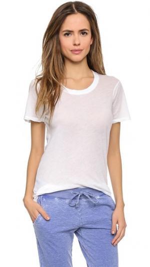 Тонкая футболка MONROW. Цвет: белый