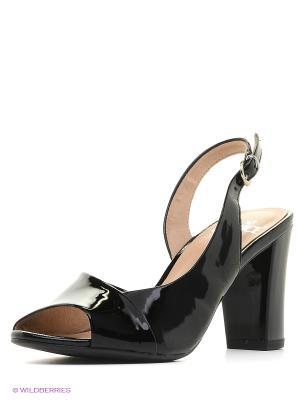 Босоножки на каблуке Caprice. Цвет: черный