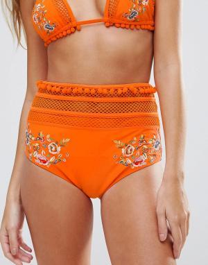 ASOS Трусы бикини с помпонами, сеткой и вышивкой Premium. Цвет: оранжевый