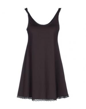 Короткое платье BY TIMO. Цвет: темно-коричневый