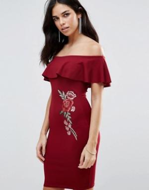 Parisian Платье с открытыми плечами и цветочной вышивкой. Цвет: красный