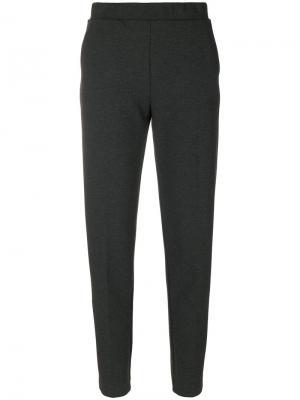Укороченные зауженные книзу брюки Le Tricot Perugia. Цвет: серый
