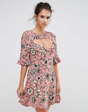 For Love And Lemons Платье с принтом и шнуровкой Ayla. Цвет: розовый