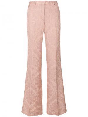Расклешенные жаккардовые брюки Theory. Цвет: розовый и фиолетовый