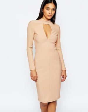 Rare Облегающее платье с закрытым воротом и вырезом London. Цвет: розовый