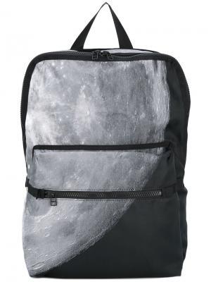 Холщовый рюкзак с принтом Christopher Raeburn. Цвет: чёрный