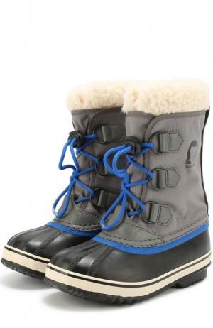 Комбинированные сапоги на шнуровке Sorel. Цвет: серый