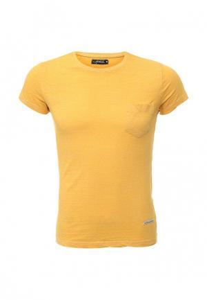 Футболка Alcott. Цвет: желтый