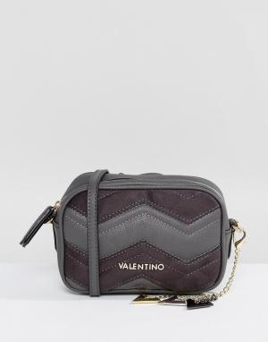 Valentino by Mario Сумка для фотоаппарата с шевронной отделкой Valenti. Цвет: серый