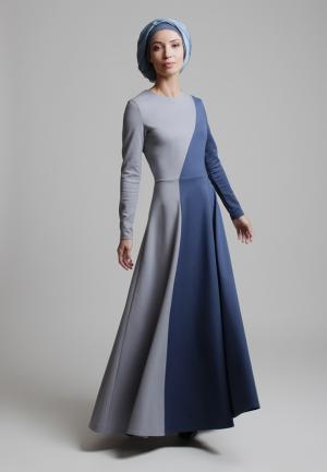 Платье Bella Kareema. Цвет: синий
