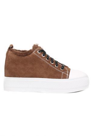 Ботинки NURIA. Цвет: коричневый