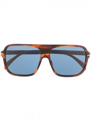 Солнцезащитные очки в квадратной оправе Eyewear by David Beckham. Цвет: синий