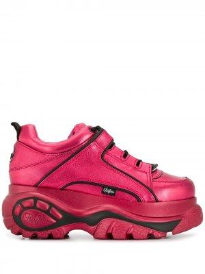 Кроссовки на платформе Buffalo. Цвет: розовый