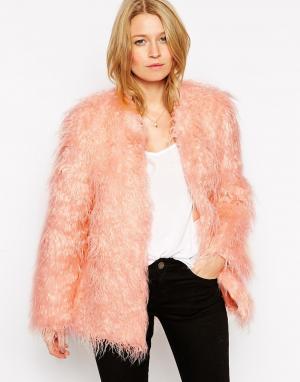 Куртка из искусственного меха Rare. Цвет: розовый