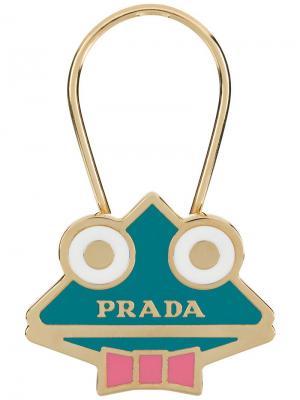 Triangle logo keychain Prada. Цвет: металлик