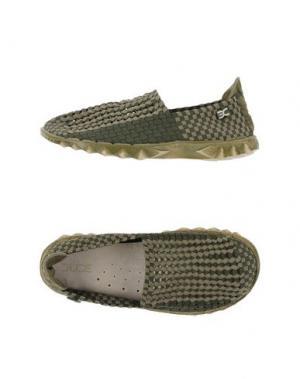 Низкие кеды и кроссовки DUDE. Цвет: зеленый