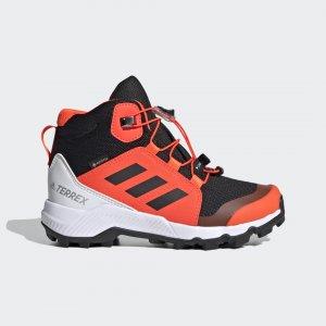 Треккинговые ботинки Terrex Gore-Tex adidas. Цвет: красный