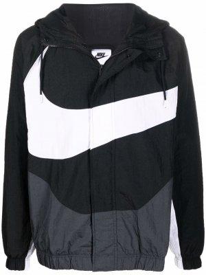 Куртка на молнии с капюшоном и логотипом Big Swoosh Nike. Цвет: черный