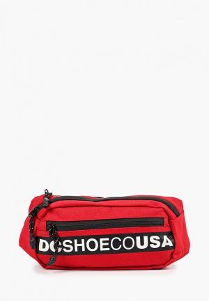 Сумка поясная DC Shoes. Цвет: красный