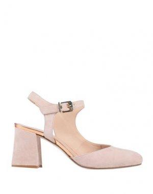 Туфли CARMENS. Цвет: светло-розовый