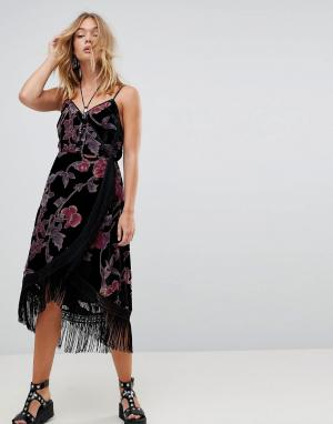 Бархатное платье на бретелях с запахом и выжженным узором Rd & Koko