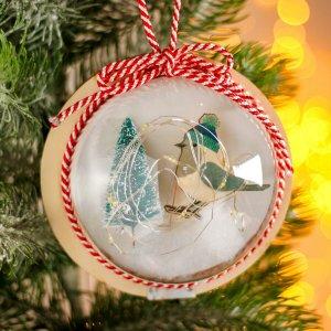Новогодний шар с деревянной фигуркой и подсветкой Лесная мастерская