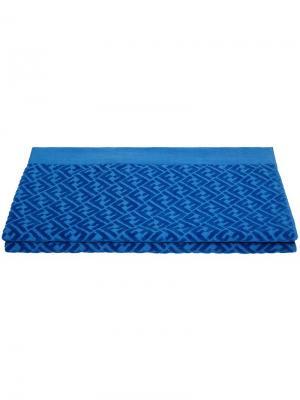 Пляжное полотенце с логотипом Fendi. Цвет: синий