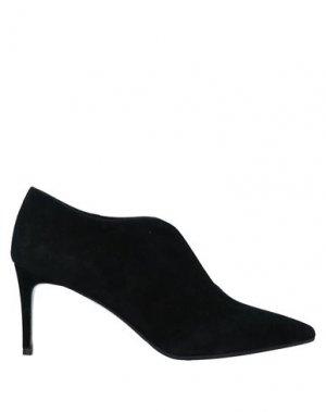 Туфли CHANTAL. Цвет: черный
