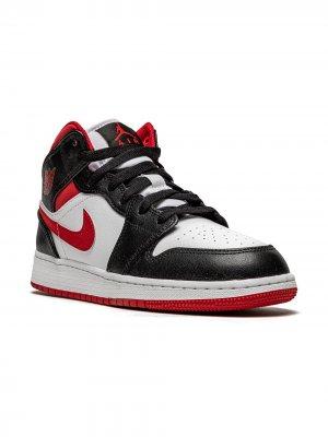 Кроссовки Air Jordan 1 MID (GS) Kids. Цвет: белый