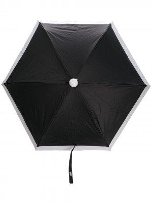 Двухцветный зонт Karl Lagerfeld. Цвет: черный