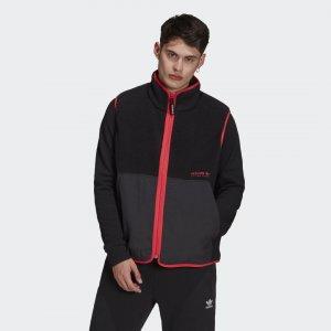 Флисовый жилет Adventure adidas. Цвет: черный
