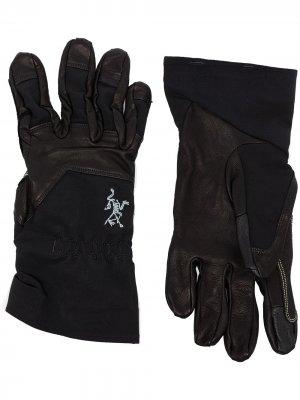 Arcteryx перчатки Rope Arc'teryx. Цвет: черный