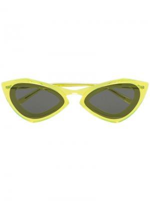 Солнцезащитные очки в овальной оправе Calvin Klein 205W39nyc. Цвет: желтый