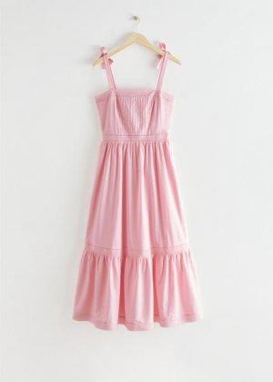 Сарафан-бандо миди, окрашенный натуральным красителем &Other Stories. Цвет: розовый