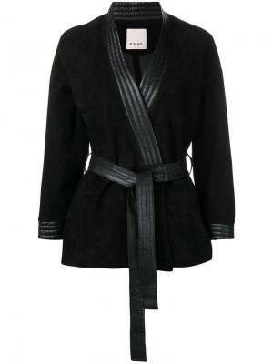 Кожаная куртка с поясом Pinko. Цвет: черный