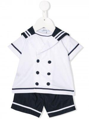 Комплект из шортов и футболки Aletta. Цвет: белый