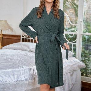 Домашний халат с поясом вязаный в рубчик SHEIN. Цвет: темно-зеленый